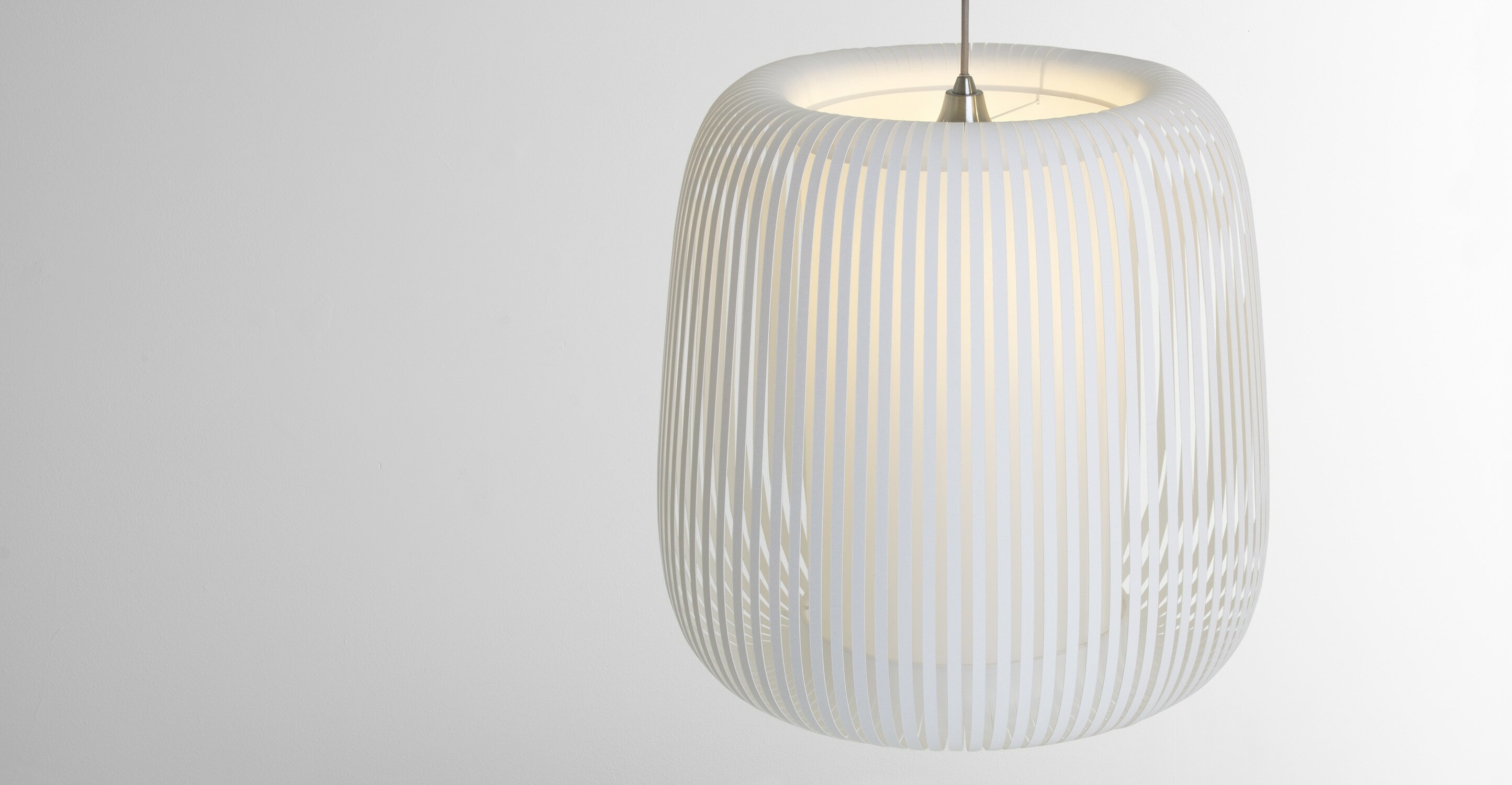 Large Polly Shade, White