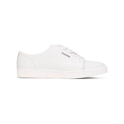 Imagen principal de producto de Calvin Klein zapatillas con cordones y logo en relieve - Blanco - Calvin Klein