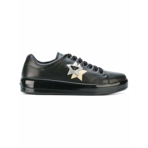 Imagen principal de producto de Prada zapatillas bajas con parche de estrella - Negro - Prada