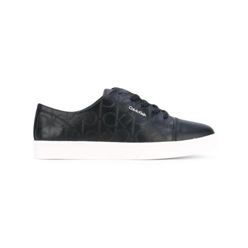 Imagen principal de producto de Calvin Klein zapatillas con cordones y logo en relieve - Negro - Calvin Klein