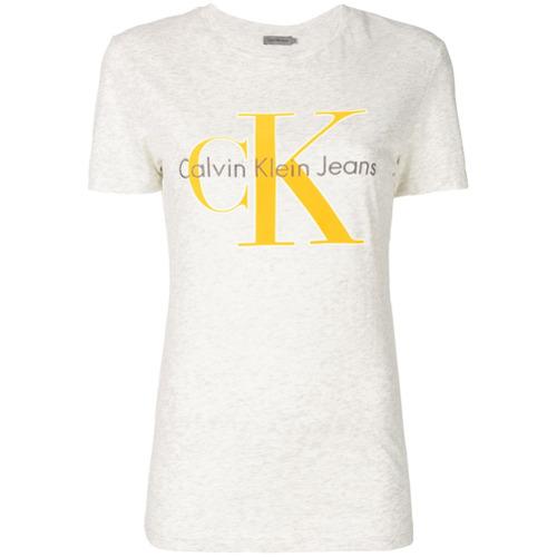 Imagen principal de producto de Calvin Klein Jeans logo T-shirt - Gris - Calvin Klein