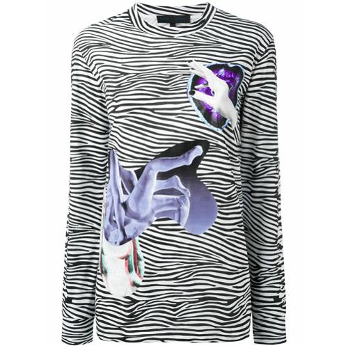 Blusa com estampa de zebra preta em algodão, Proenza Schouler. Possui decote careca, mix de estampas e mangas longas.