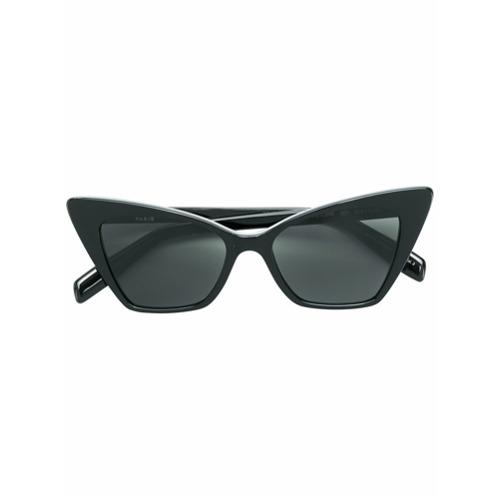 Óculos de sol '244 Victoire' preto em acetato, Saint Laurent Eyewear. Possui armação gatinho e lentes coloridas. Este it...