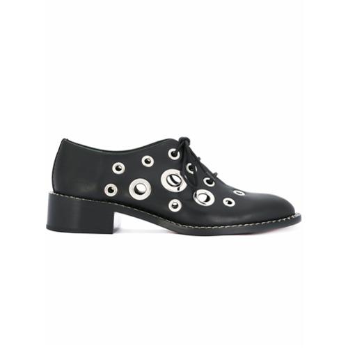 Sapato oxford com ilhoses preto em couro, Proenza Schouler. Possui bico arredondado, fechamento por cadarço na frente, s...