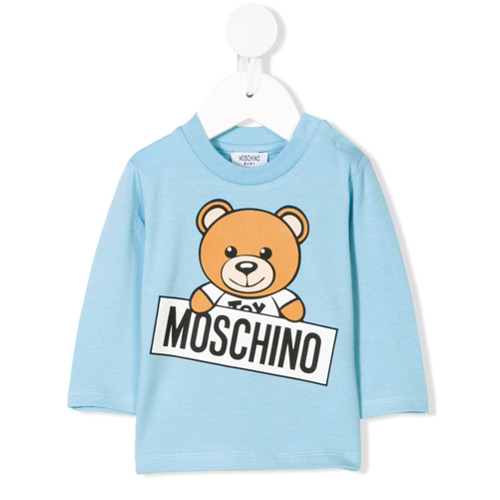 Pop-inspired, logo-loving Moschino Kids' collection is a playful mix of Italian chic and tongue-poking mischief. Crafted...